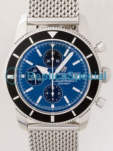 Breitling Superocean A1332024 / C817 Automaattinen Blue Dial Stainless Steel Kehys Mens Watch