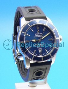 Breitling Heritage A1732016 Automatic Rubber Bralecet Blue Dial Watch