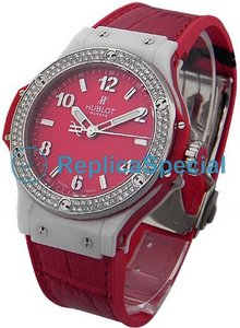 Hublot Big Bang Tutti Frutti 361.HR.8120.LR.1104 Red Dial Automaattinen Naisten Kello