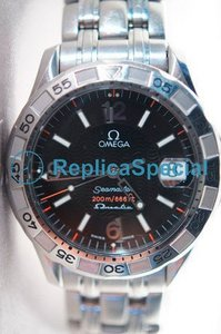 Omega Omegamatic 2541.50.00 Black Dial Round Stainless Steel Bralecet Mens Watch