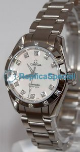 f90ac2516ab3 Omega Seamaster Aqua Terra 2564.75.00 Round White Mother-of-pearl Dial  Womens